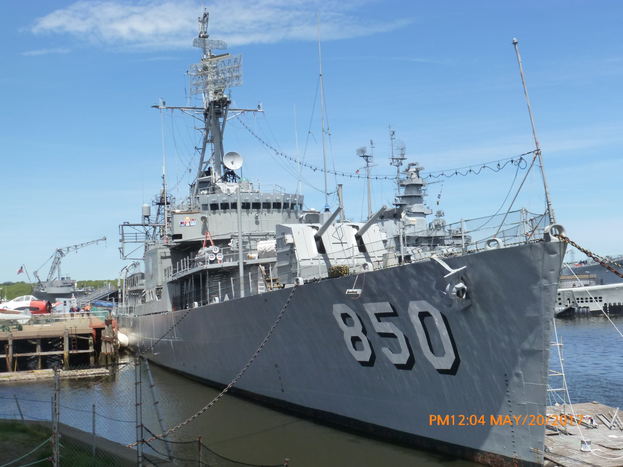 USS_kennedy_Mass_May2017